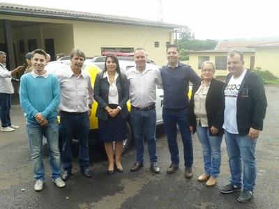Deputada Claudia Pereira com os vereadores de Matelândia.