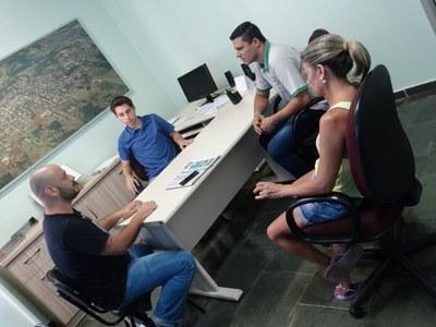 Equipe da Funerária Nova União visitando gabinete do Presidente Gabriel na manhã desta sexta-feira dia 24 de fevereiro de 2017.