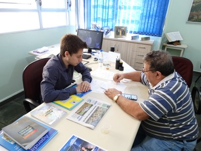 Presidente do Legislativo Gabriel recebeu no seu gabinete Luiz Piovesana..