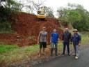 Presidente Gabriel e vereador Aldair estiveram acompanhando obras no município.