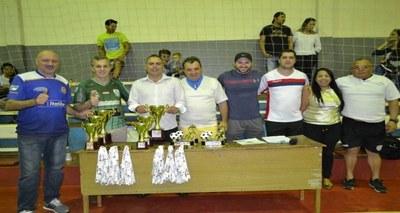 Vereadores acompanharam finais do Campeonato Interno de Futsal.