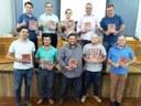 Vereadores recebem agenda 2018 da ACAMOP.