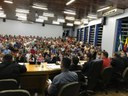 Discussão de Projeto de Lei que proíbe a Ideologia na rede pública de ensino levou centenas de pessoas a Câmara Municipal.